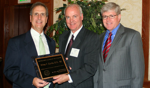 Distinguished Alumnus of the Year Award 2009